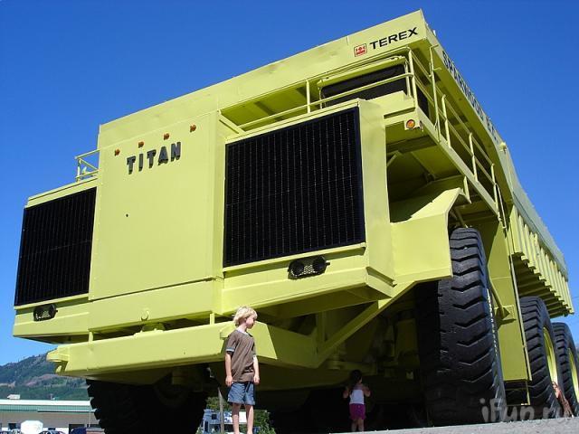 camiones-gigantes-08