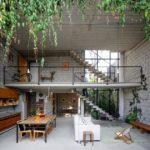 """Diseño de interiores """"al reves"""" en una casa en Sao Paolo"""
