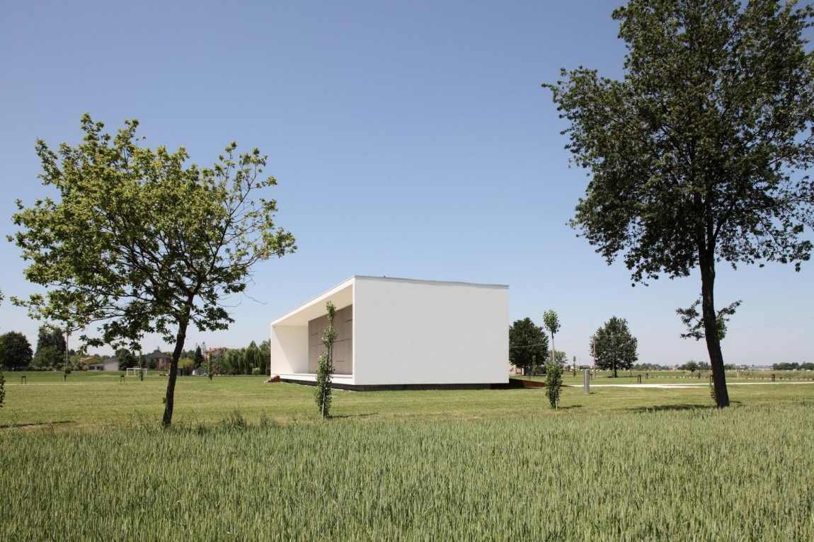 casa-monolitica-04